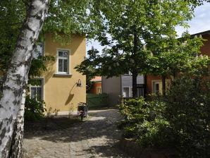 """Ferienwohnung """"Das-Turmhaus"""""""