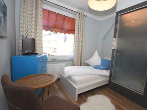 Ferienzimmer Mein Heim 4 · Pension Sierksdorf