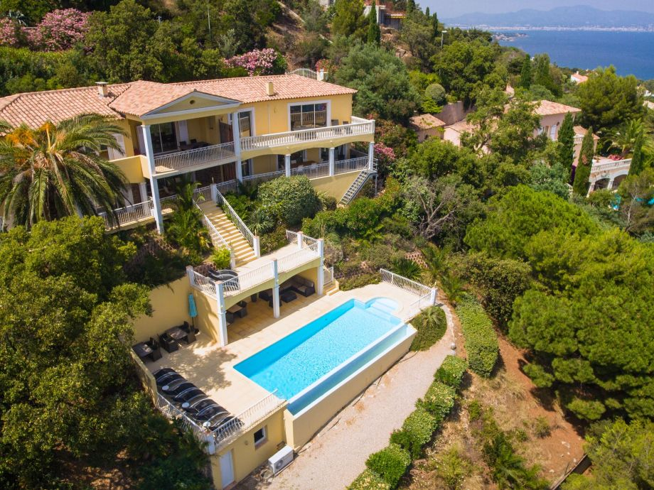 Villa Monte Carlo in Les Issambres