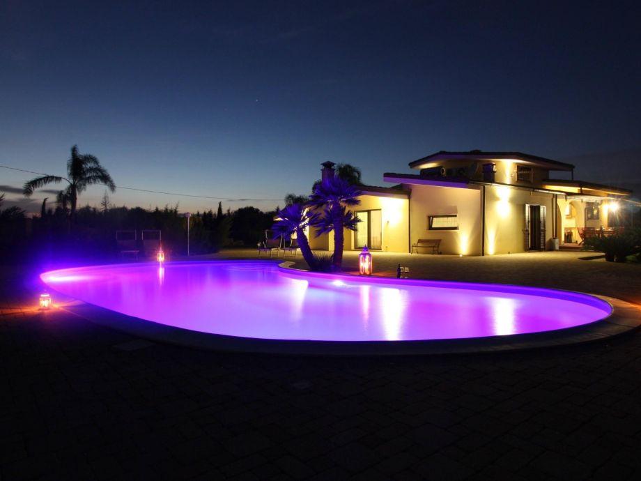 Außenaufnahme Meadow luxury villa