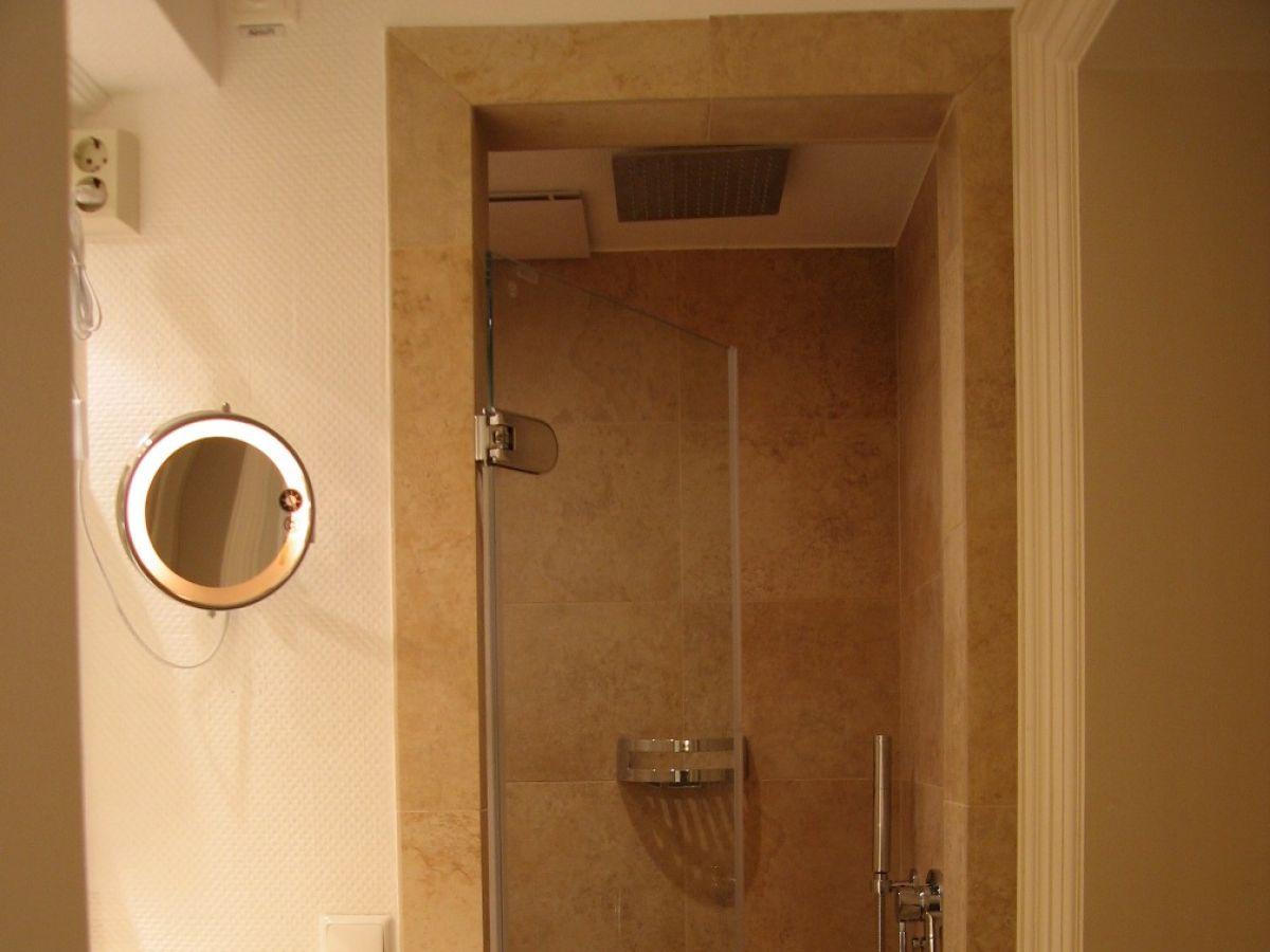 ferienwohnung gartensuite west exkl mit garten kamin pool sauna kampen firma sylt suites. Black Bedroom Furniture Sets. Home Design Ideas