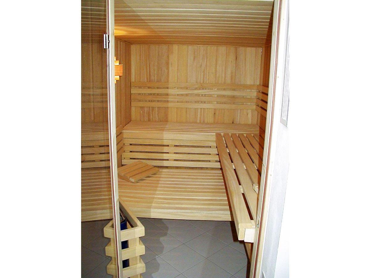 ferienhaus strandhaus meerblick l becker bucht. Black Bedroom Furniture Sets. Home Design Ideas