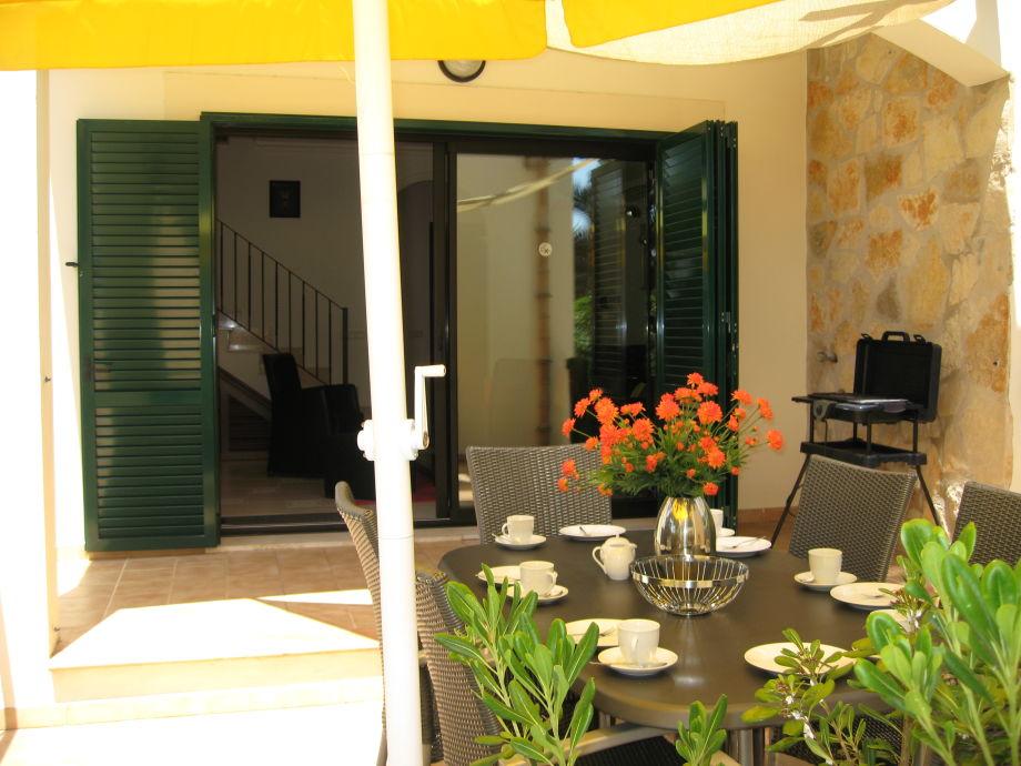 Terrasse - Blick aus Wohnzimmer
