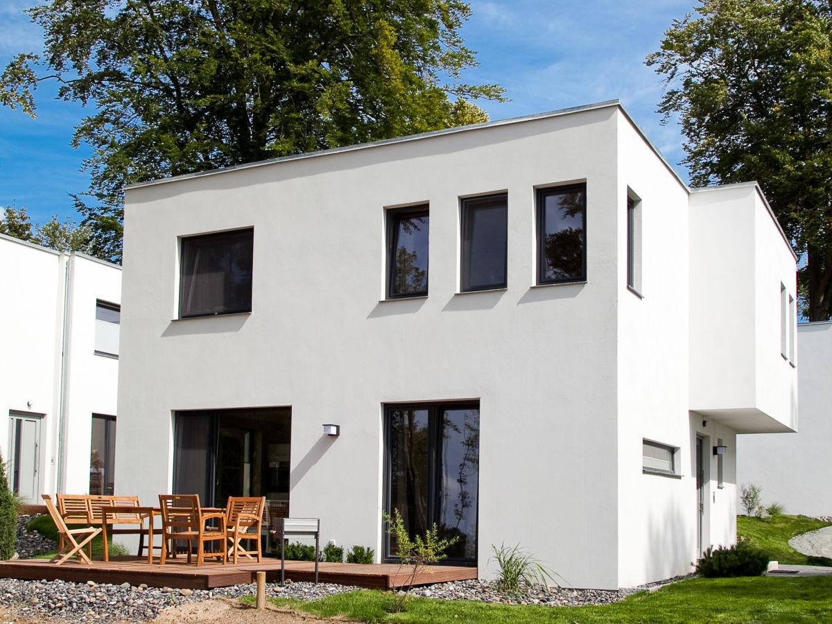Ferienhaus die strandh user sellin bernsteinsammler 6 for Sellin ferienhaus