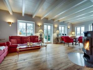 """Großzügiges Ferienhaus """"Villa Hessen"""" unter Reet"""