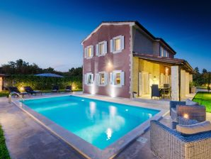 Villa 342