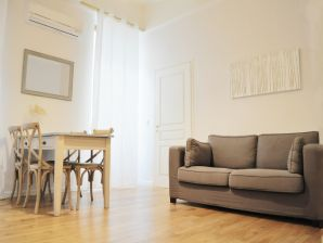 Holiday apartment B Cours Saleya 3