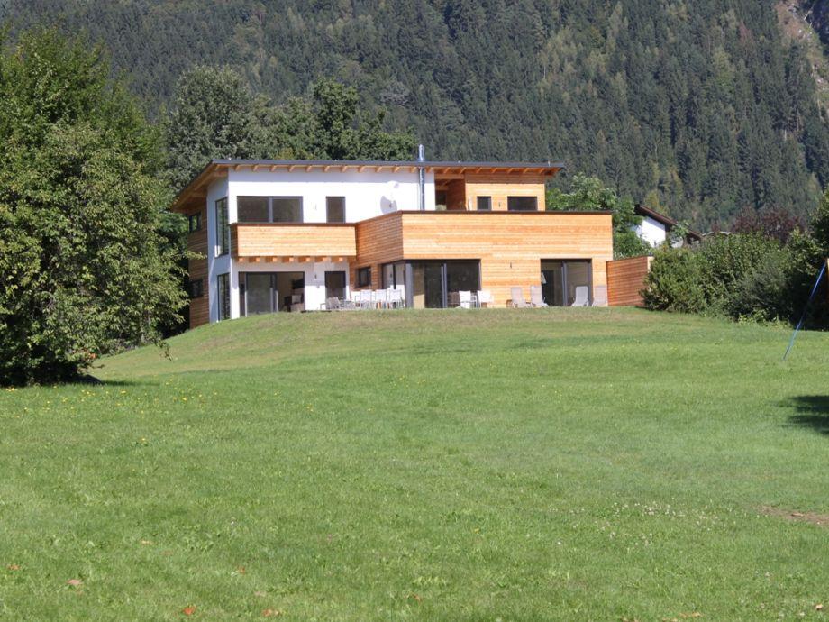 Seehaus mit 3 Ferienwohnungen