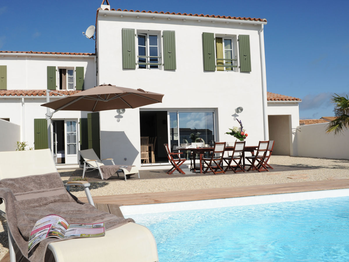 ... Ile De Re. Villa With Pool