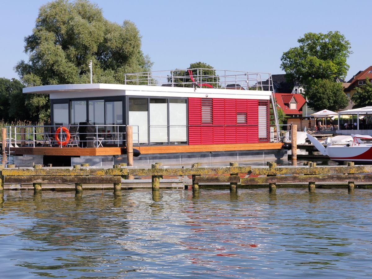 hausboot sarah fleesensee mecklenburgische seeenplatte firma stk hausboote firma steffen. Black Bedroom Furniture Sets. Home Design Ideas