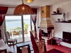 Ferienwohnung Gonar - Sandy beach nearby