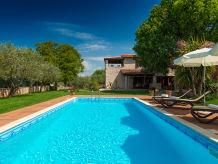 Villa Villa Nini