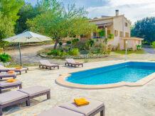 Villa Es Riquers