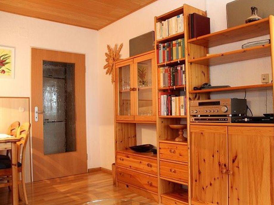 Ferienwohnung heidrich breisgau hochschwarzwald frau for Wohnzimmer schrankwand
