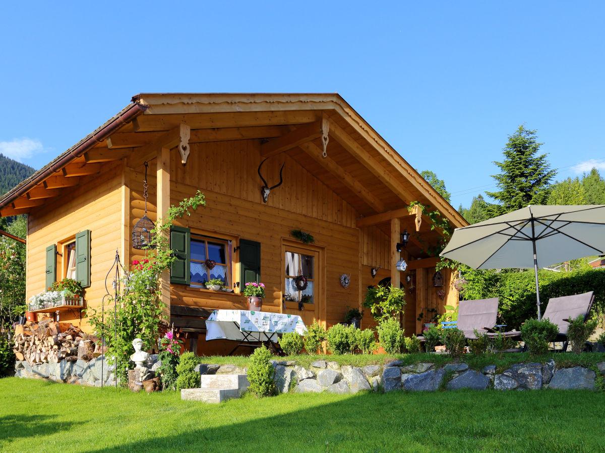ferienwohnung mona bayern zugspitzregion ammergauer alpen oberbayern frau monika mitteldorf. Black Bedroom Furniture Sets. Home Design Ideas