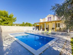 Villa Vesna (V4091)