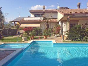 Ferienwohnung Manerba - Casa Maria - Apartment Domenico mit Pool