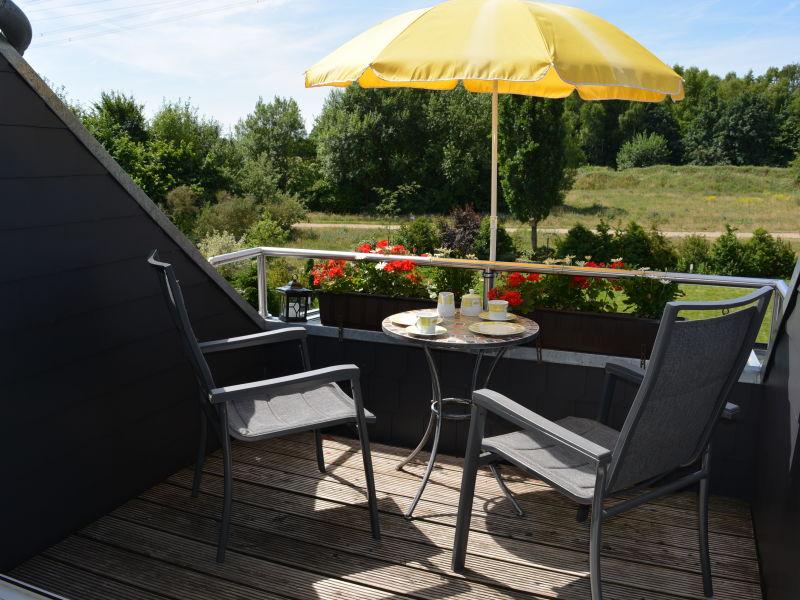 ferienwohnungen ferienh user f r 2 personen in l neburg. Black Bedroom Furniture Sets. Home Design Ideas