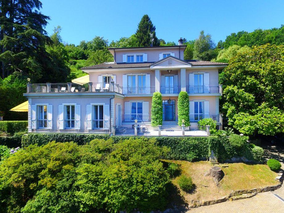 Villa Belvedere, Meina Lake Maggiore -NORTHITALY VILLAS