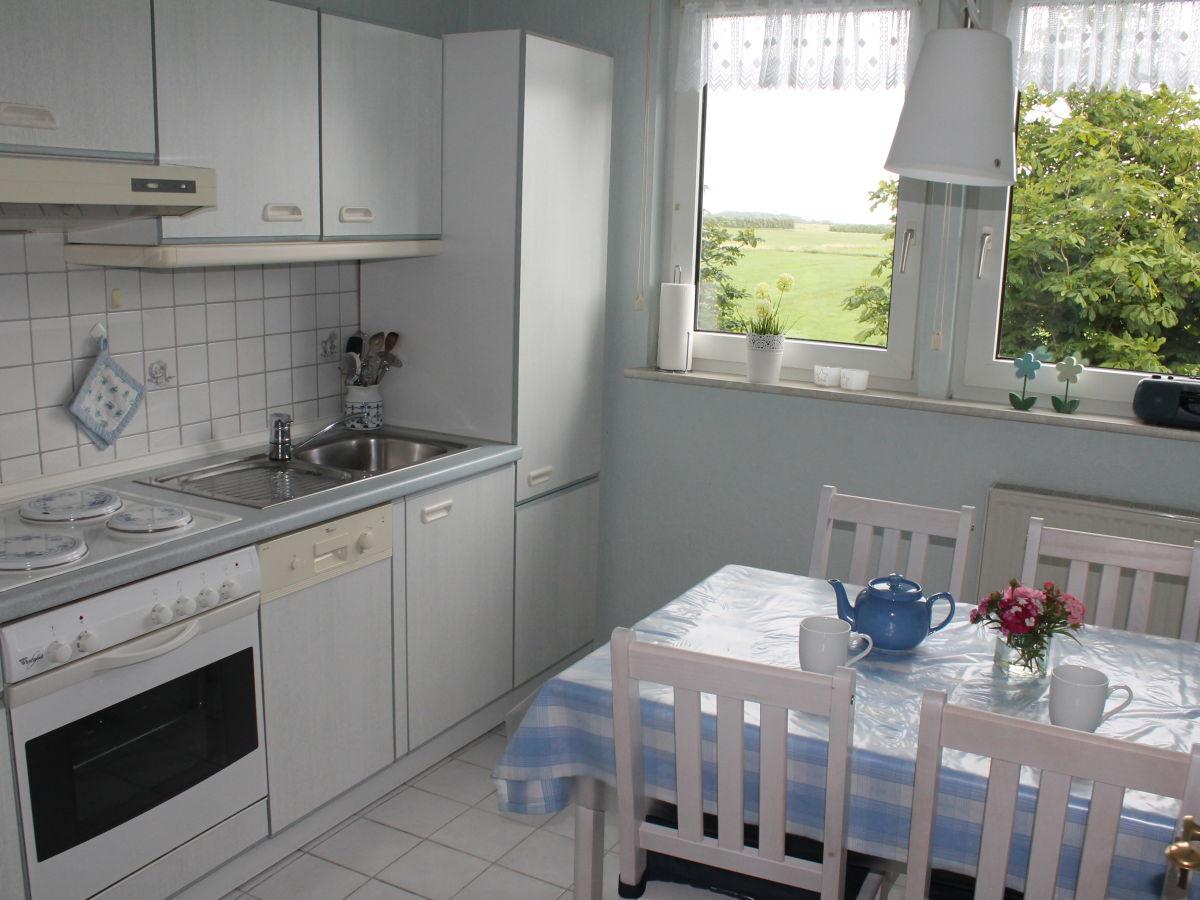ferienwohnung fr chtnicht insel f hr frau hellen fr chtnicht. Black Bedroom Furniture Sets. Home Design Ideas