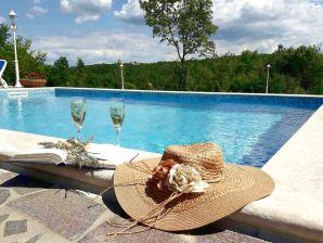 Neue Villa Anna mit Pool