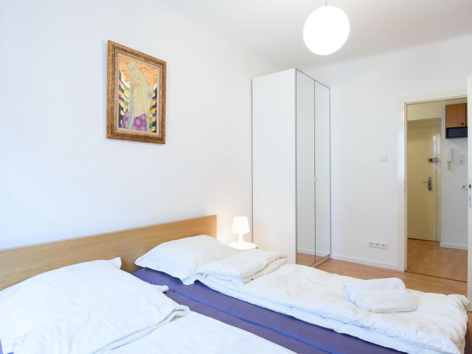 Ferienwohnung Vienna Opera Apartment, Wien - Frau Megan Dotzova