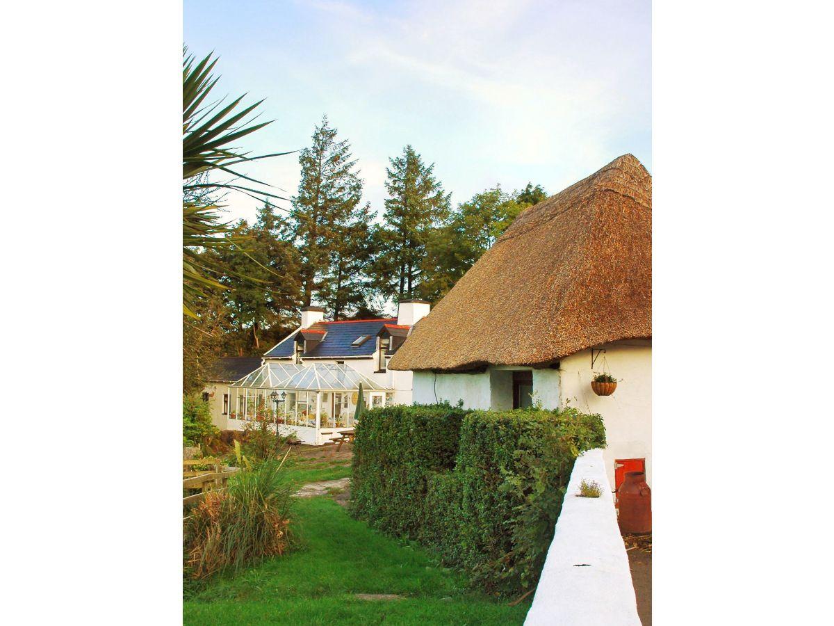Pension tir na spideoga cork inchigeelagh mr greg latour - The cork hut a flexible housing alternative ...