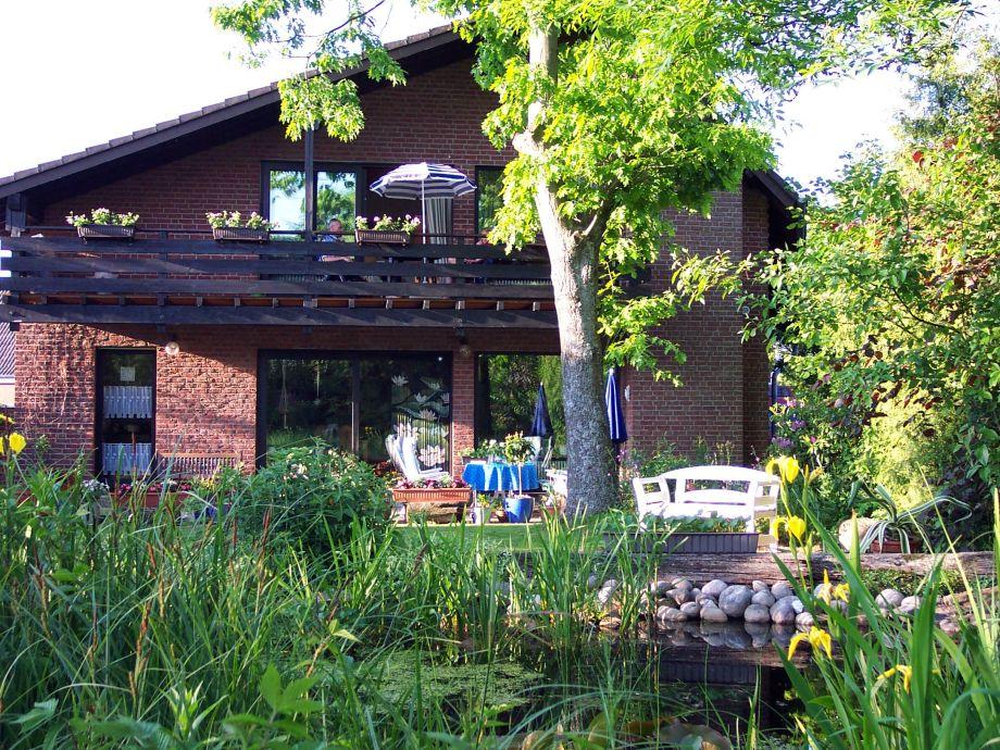 Ferienwohnung vom Garten aus