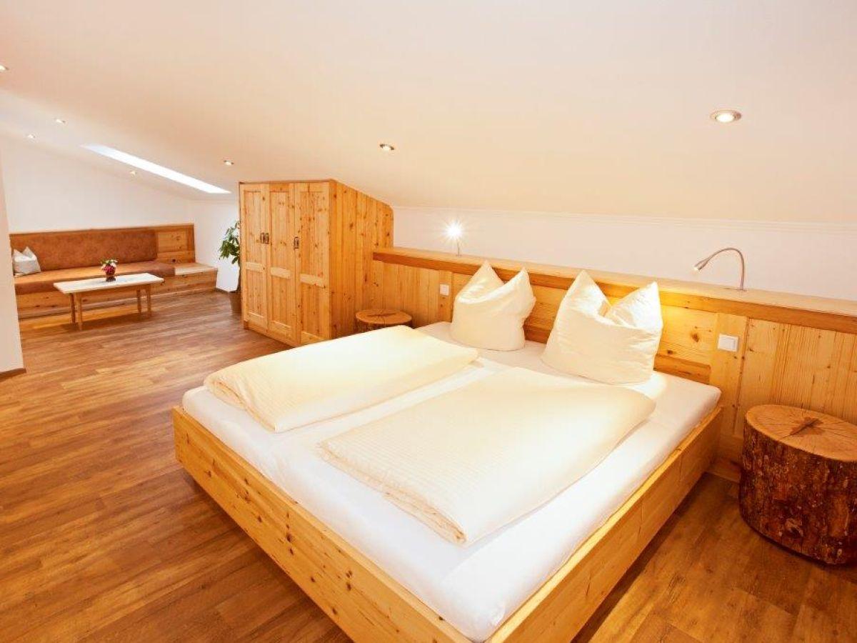 ferienwohnung thaurerhof chiemsee chiemgau alpenland herr christian deingruber. Black Bedroom Furniture Sets. Home Design Ideas