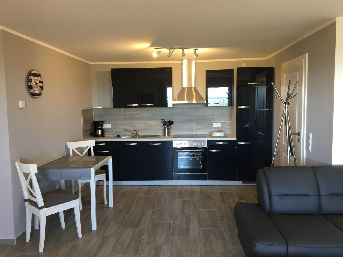 ferienwohnung darssurlaub mit und ohne hund born frau hella fitzka. Black Bedroom Furniture Sets. Home Design Ideas