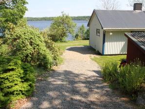 Ferienhaus Hus Lammen direkt am See