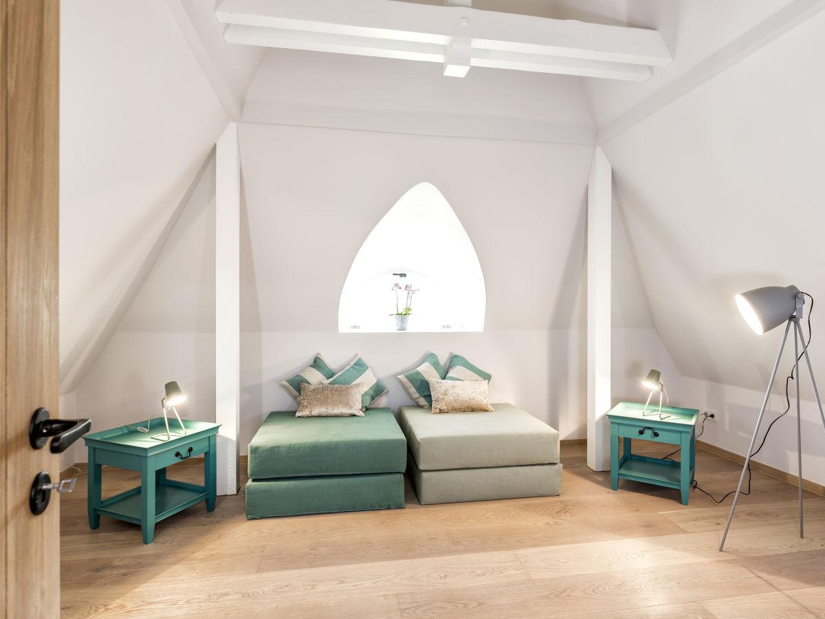 ferienhaus silberm we 7d im s derh rn list firma sylt ferienwohnungen herr thomas. Black Bedroom Furniture Sets. Home Design Ideas