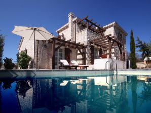 Luxus-Villa No.1