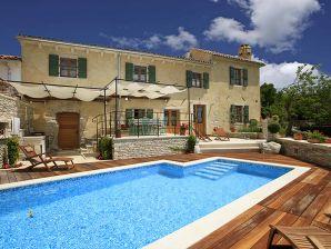 Istria Stone Villa (6+0)