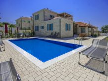 Luxury Villa Zoe (8+2)