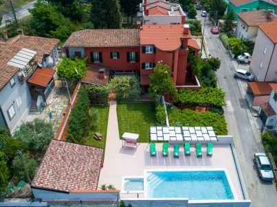 Beautiful Villa with Sea view (8+1)