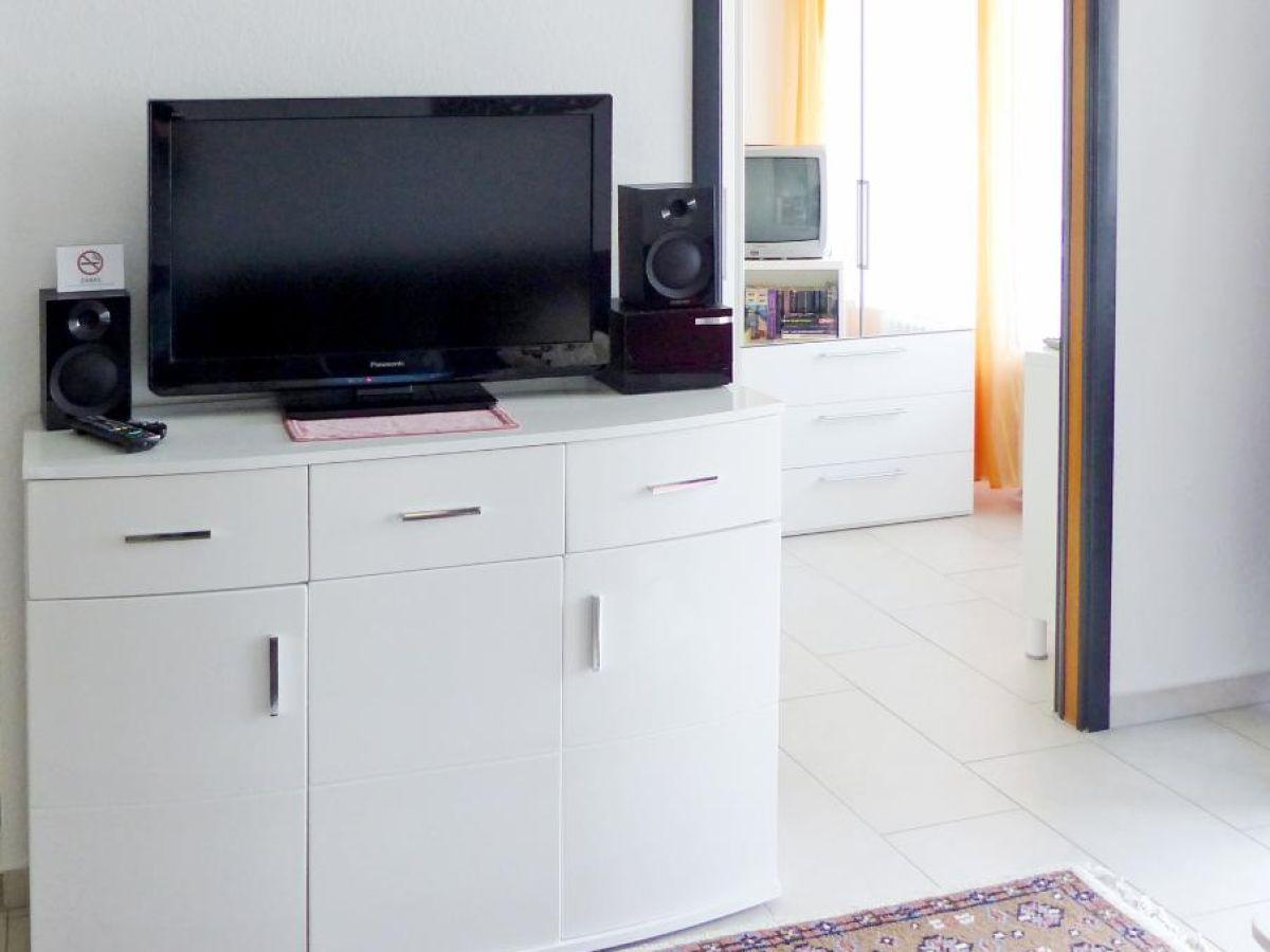 ferienwohnung kaiserhof apartment 106 typ d ostsee. Black Bedroom Furniture Sets. Home Design Ideas