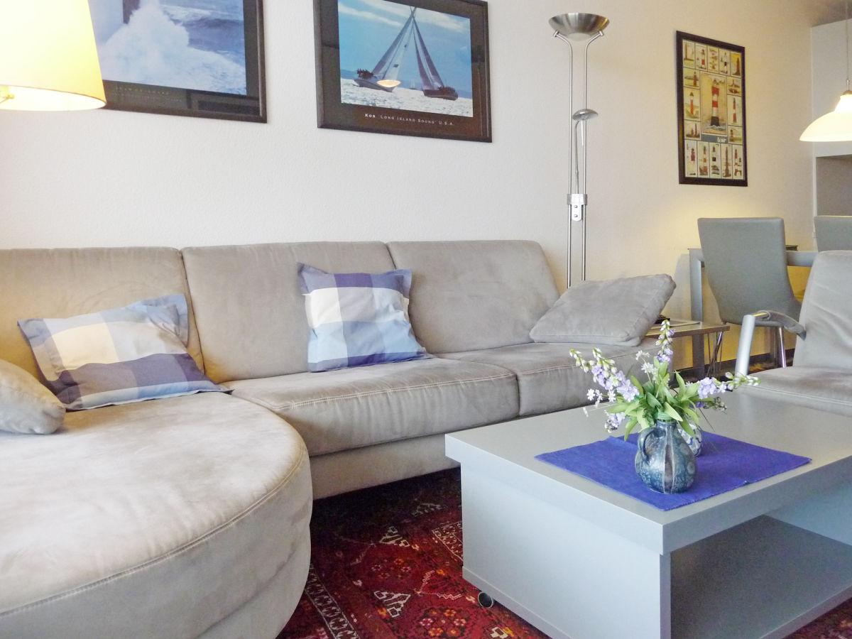 ferienwohnung kaiserhof apartment 673 typ d ostsee On couch über eck