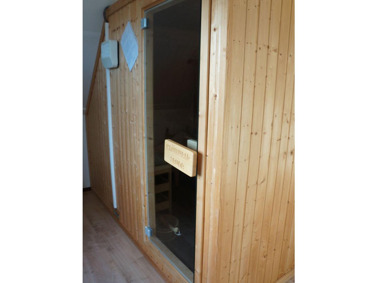 ferienhaus 4 personen mit sauna in villapark de buitenplaats nord holland callantsoog. Black Bedroom Furniture Sets. Home Design Ideas
