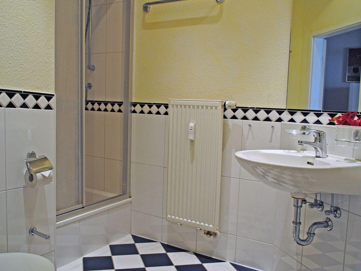 ferienwohnung nr 16 in der villa freia binz r gen ostsee firma appartementvermittlung. Black Bedroom Furniture Sets. Home Design Ideas