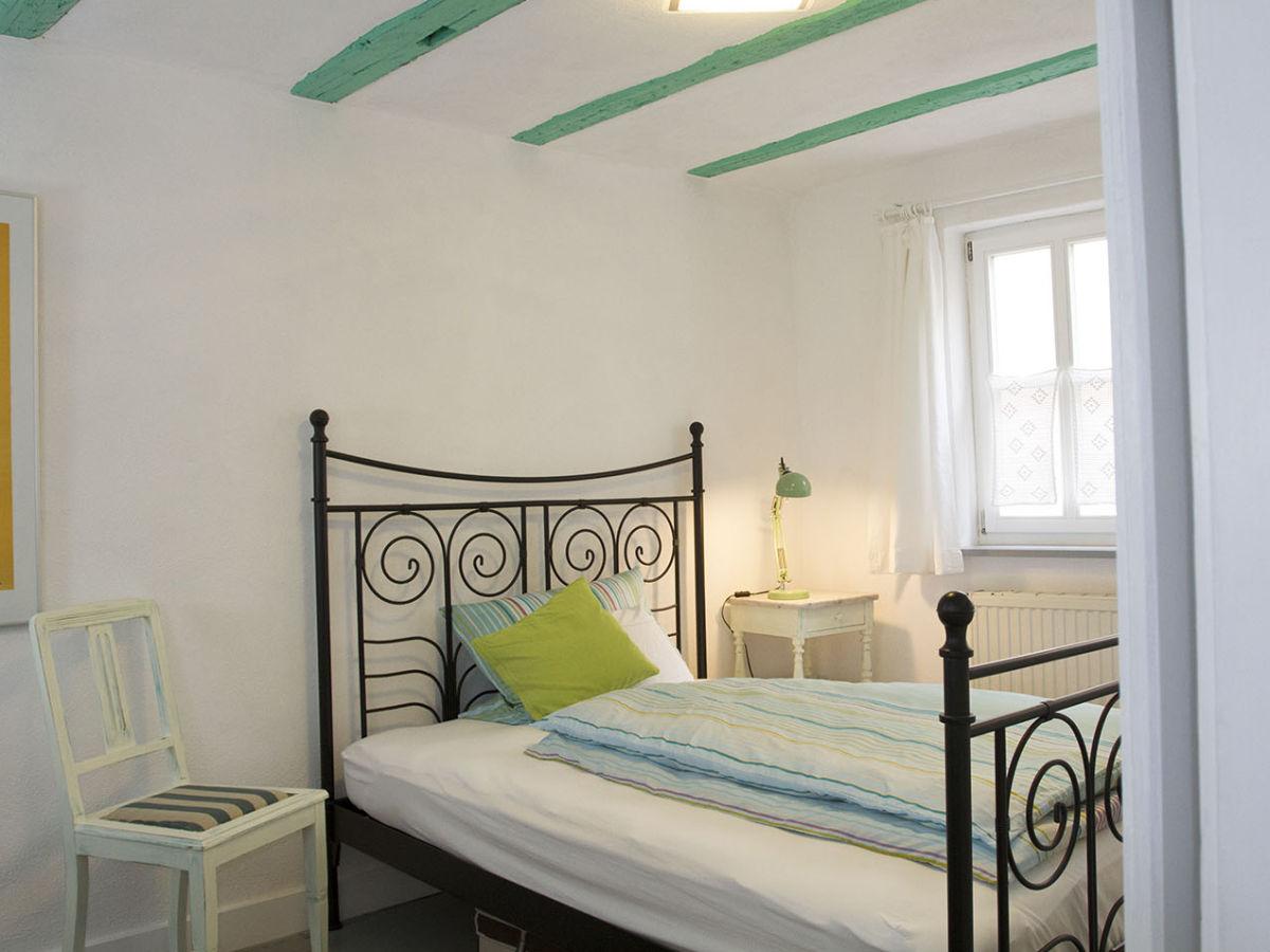 ferienhaus weinbauernhaus fischergasse 1 triefenstein frau dagmar blaha. Black Bedroom Furniture Sets. Home Design Ideas