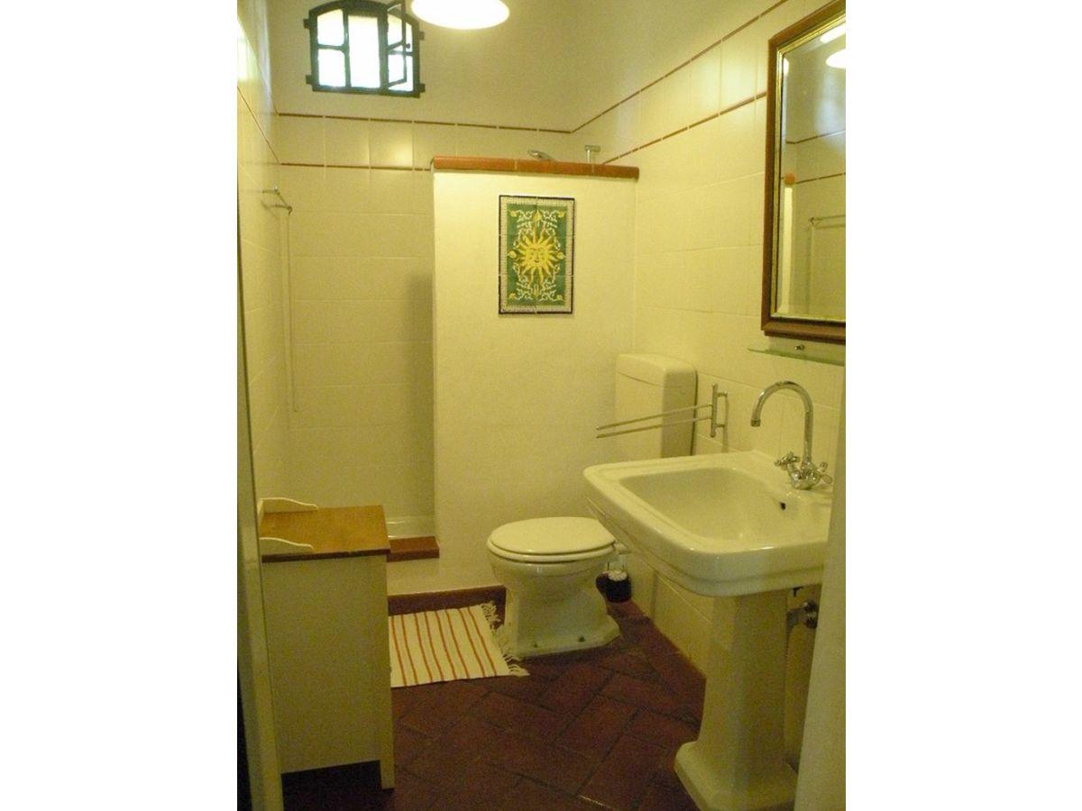 ferienhaus poderino tre cipressi toskana costa etrusca etruskerk ste frau yasmin nokiani. Black Bedroom Furniture Sets. Home Design Ideas