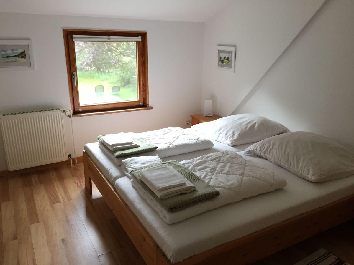 Ferienwohnung l ttd ns im haus am deich halbinsel eiderstedt vollerwiek firma nevermann - Renovierung schlafzimmer ...
