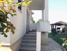 Ferienwohnung App 2 Villa Falcon