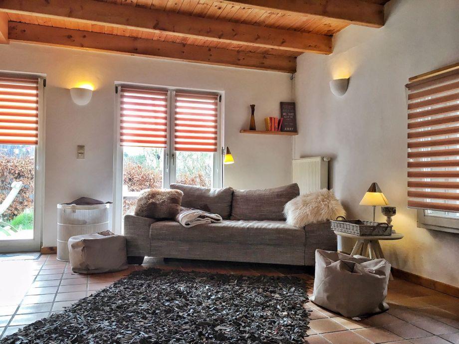 couch sogar mit schlaffunktion. Black Bedroom Furniture Sets. Home Design Ideas