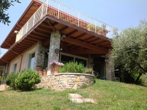 Holiday House Rosa Camuna