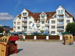 Ferienwohnung Strandhotel 15