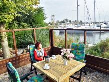 Ferienhaus Seesicht am Hafenufer