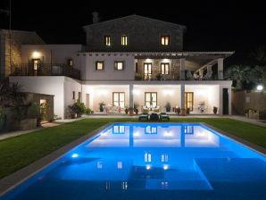 Villa Corem Vuit