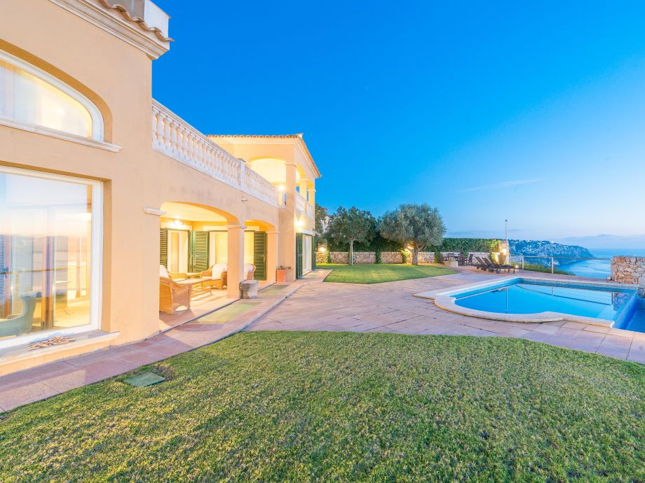 Villa Bella Bahia with swimming pool and sea view